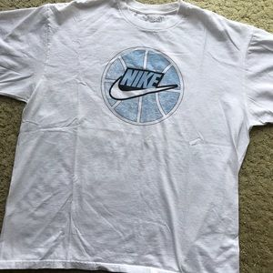 Nike T Shirr